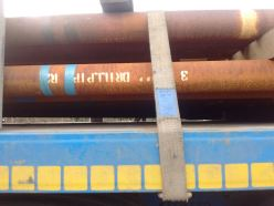 drill-pipes-being-brought-onto-site-11-jan