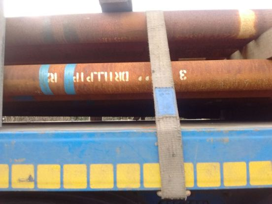 drill-pipes-being-brought-onto-site-11-jan1